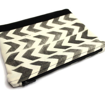 Hand Stamped Pouch, Chevron Pouch, Large Cosmetic Bag, Cotton Zipper Pouch, Black Arrow Clutch, Two Tone Pouch, Chevron Clutch, Makeup Case