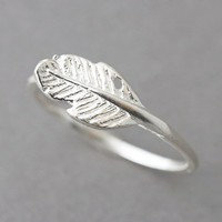 STERLING SILVER FEATHER RING from Kellinsilver.com