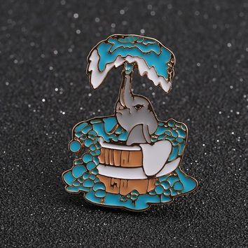 Brooches For Women Broche New Arrival Drop Glazed Enamel Bath Cute Baby Elephant Exquisite Fashion Coat Collar Pin Brooch Badge