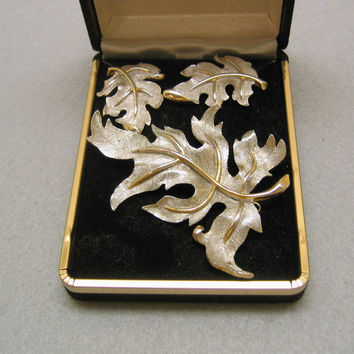 1960s  Gorgeous Judy Lee Silver and Gold Leaf Pin and Earrings Set