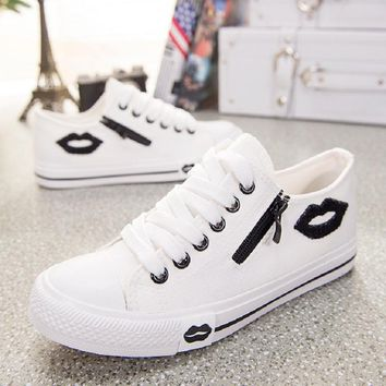 Designer Women Sneakers Summer Casual White Canvas Shoes Basket Femme Flats Comfortable Trainers Zipper Red Lips Sapato Feminino