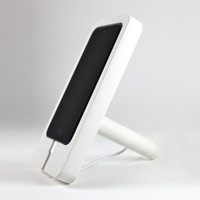 Recycled Stone Dust iPhone Docking Station in White