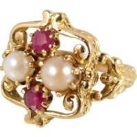 Attractive rubies and pearls French 18K solid gold ring, Unusual 1900s Art Nouveau inspired design, stamped
