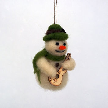 Tiny Snowman Christmas decor Snowman playing a guitar Hanging tree ornament Felt Xmas figurine Collectable Winter Waldorf toy Woolen doll