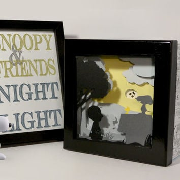 Snoopy shadow box night light - Special night light, unique special gift, kids room night light, unique home decor