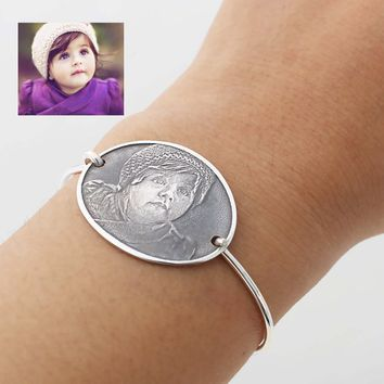 Oval Bracelet of Your Kids, Baby or Grandma, etc..,- Engraved Bracelet - Antique Style Photo Bracelet - Memorial Items