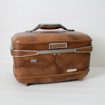 Vintage Brown American Tourister Case