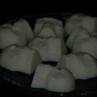 Frightening Scary White Skulls with Apple Cider Scent Set of 15
