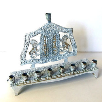 Vintage brass  menorah ,hanukkah menora ,chanukkah menorah ,judaica ,painted white and distressed