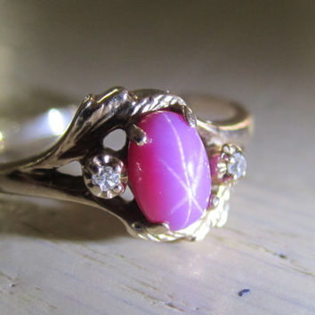 Vintage Pink Star Sapphire Diamond Accent Ring 10K Yellow Gold Size 6