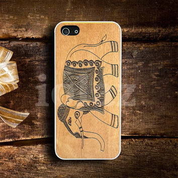 Elephant aztec wood pattern Design mobile Phone case