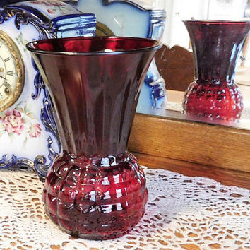 Vintage Anchor Hocking Pineapple Vase Royal Ruby Red Glass Country Cottage Home Decor Block Bubble Optic Waffle Honeycomb Wedding Shower Mom