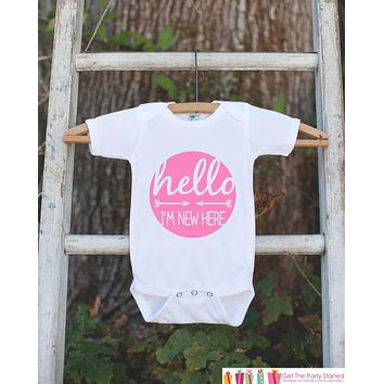 Hello I'm New Here Onepiece - Hipster Arrow Bodysuit for Newborn Baby Girls - Going Home Outfit - Coming Home Onepiece Girl Hospital Outfit