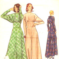 Flared Leg Jumpsuit dolman Sleeve Retro Boho Evening or festival wear Vintage Sewing pattern Vogue 8608 Size 12