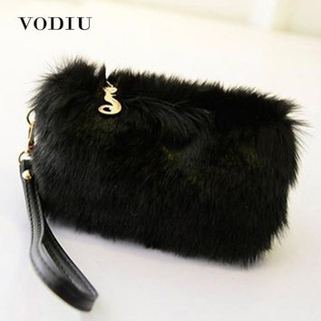 Women Handbags Fur Clutch Female Tote Wristlet Party Bags Fashion Zipper Phone Bag Purses Small Black High Quality Women Handbag