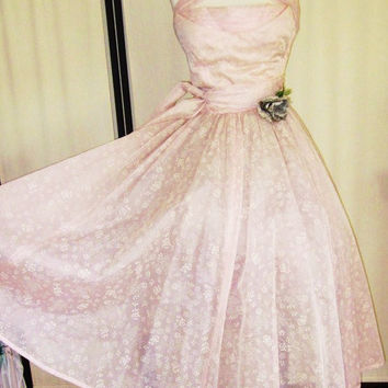 Vintage-50's-Pale Pink-Pink-Flowers-Ivory Floral Pattern-Dainty Flowers-Mauve Pink-Strapless Pink Prom Dress-3-4