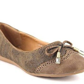 Women's Londena Snake Textured Wing Tip Ballet Flats Shoes