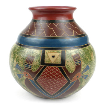 7 inch Traditional Nicaraguan Pottery Vase - Abstract