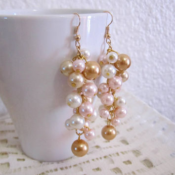 Pearl Cluster Earrings, Gold Wedding Jewelry, Dangle Pearl Earrings, Bridesmaid Earrings, Ivory, Gold and Blush Pink, Vintage Theme