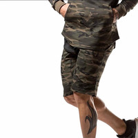 Camo Tapered Leg Knee Length Thick Waist Band Street Shorts