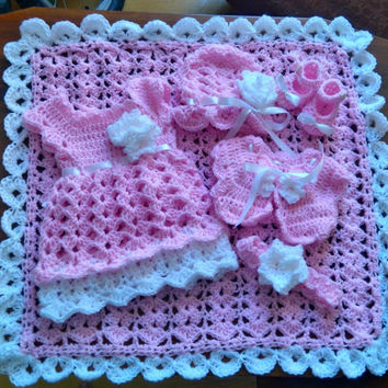 Crochet Baby Patterns, Baby Crochet Patterns, Crochet shoes, Baby Blanket, Baby dress, Baby Bolero, Baby Shower