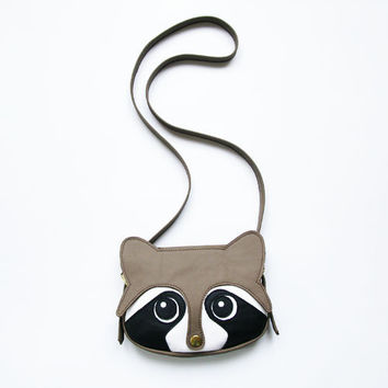 Original handmade Raccoon Leather Bag, Raccoon Bag, Animal Bag, Shoulder bag