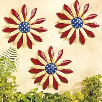 Wall Sculpture Flowers Americana Patriotic Metal Set of 3 Indoor Outdoor NEW