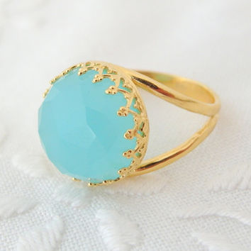 Chalcedony ring, Mint seafoam Gemstone ring,  14k Gold ring, Vintage ring, cocktail ring, aqua blue ring, 14 mm Gemstone ring,bridal ring