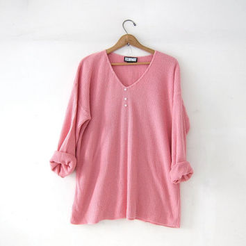 vintage pink thermo shirt. textured knit shirt. slouchy henley pullover. long underwear top.