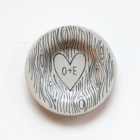 custom faux bois ring dish with heart illustration and initials - hand drawn monogrammed design