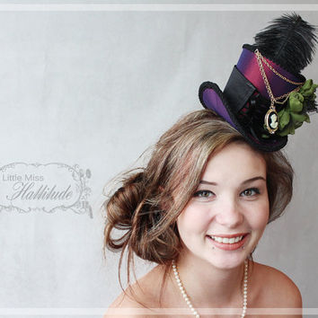 Mini Top Hat , Burlesque Hat , Victorian Feather Hat ,  Fascinator, Tea Party Hat , Bridal Shower, Gothic Mini Hat