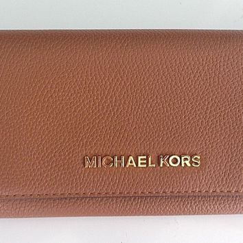 Michael Kors Jet Set Travel Carryall Flap Wallet Pebbled Leather in Luggage