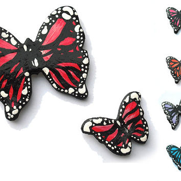 Butterflies wall decoration modeled with cold porcelain and hand painted