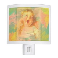 Yawning baby nightlight