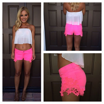 "Reck""Lace"" Shorts - NEON PINK"