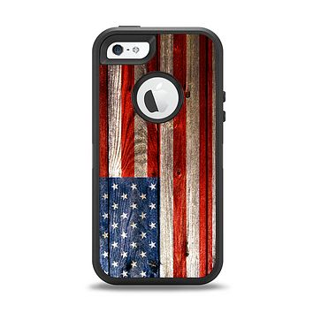 The Wooden Grungy American Flag Apple iPhone 5-5s Otterbox Defender Case Skin Set