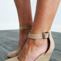 Take You There Wedges: Nude