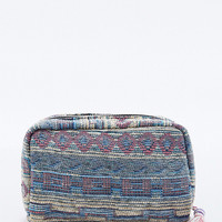 Deena & Ozzy Chenille Tapestry Cosmetic Case in Lilac - Urban Outfitters