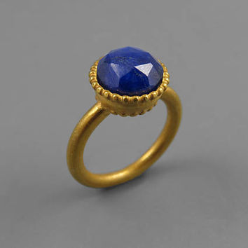 Blue Sapphire Ring, Sapphire Jewelry, Blue Gemstone Ring, Sapphire Engagement Ring, Statement Ring, Gold Gemstone Ring, Large Sapphire Ring