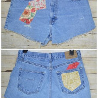 Eddie Bauer High Waist Vintage 12 Cut Off Jeans Shorts Patched Frayed Mom