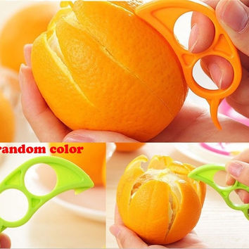 5Pcs/Lot Candy Color Easy Practical Lemon Peeler Slicer Cutter Plastic Clever Open Peel Orange Apparatus = 1958729796