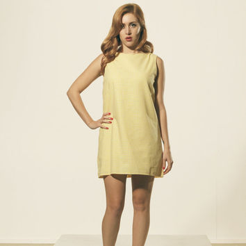 Yellow and white shift 1960's summer dress. Twiggy mod style