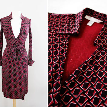 "Vintage Diane Von Furstenberg ""Jeanne"" Wrap Dress - Geometric Print Silk Jersey Dress - Deep V Neckline '70s Style - Size Small to Medium"