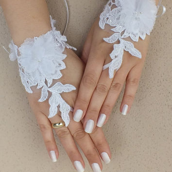 Free shıp OOAK White Wedding gloves free ship bridal gloves lace gloves fingerless gloves french lace gloves