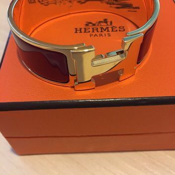 AUTHENTIC Hermes Clic Clac H Bracelet Red Enamel with Gold Plated Finish