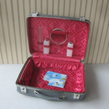 Vintage Suitcase Overnight Bag American Tourister Hot Pink Interior with Accessories Hard Side Suitcase Small Luggage Gray Blue Vinyl Retro