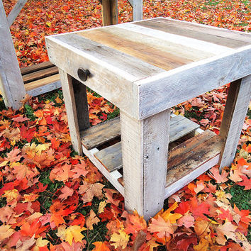Wood End Table, Reclaimed Pallet Table, Reclaimed Wood Furniture, Recycled Furniture