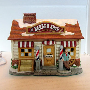 Lefton Colonial Village Barber Shop / Lefton Christmas Village Lighted Barber Shop
