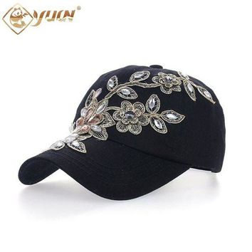DCCKWJ7 2017 Vintage Style Adjustable Hat Floral Embroidery Rhinestone Curved Baseball Cap For Women B038