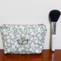 Greyish Blue/Green with Rustic White Flowers Personalized/MonogrammedMini Makeup Cosmetics Toiletries Bag Pouch Holder with Beige Zipper